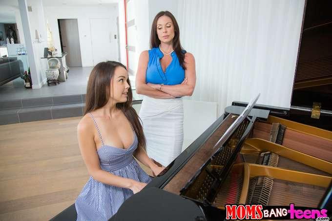 Si toco mal el piano, mamá me da unos azotes - foto 4