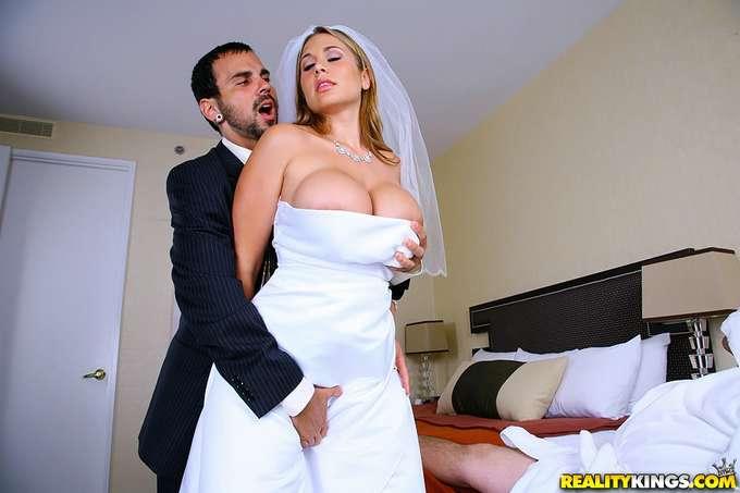 Recien casada y ya se esta follando a otro - foto 4