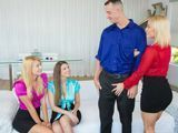 Tres secretarias se follan juntas al director - Fotos Porno