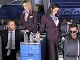 Sexo con las putas azafatas en pleno vuelo - Fotos Porno