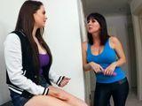Siempre que tengo problemas, ahí esta mamá - Lesbianas