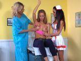 La doctora, la enfermera y la paciente … - HD