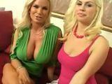 Madre e hija, igual de sexys, igual de putas - Trios
