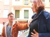 Madura casada sale a la busca de jovencitos - Españolas