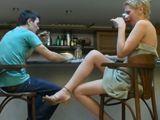 Tomando copas con uno de sus hijos - Madres