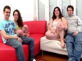 Matrimonio maduro follando con otro joven - Españolas