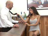 La clienta del bar no lleva bragas, no ... - Infieles