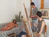 Hago de modelo para jóvenes pintores - Divorciadas