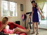 No puede ser hija, tu cuarto es un desastre !! - Incestos