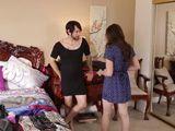 Pillo a mi cuñado probándose mis vestidos - Cuñadas