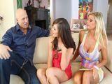 Un trio porno con una amiga de nuestra hija - Trios