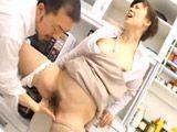 La empleada madura se corre en mi mano - Asiaticas