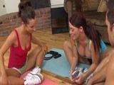 Alucino con mis compañeras de yoga - Cerdas