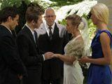 Mi hijo se casa con una mujer mayor que él - Zorras