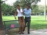Ayudo a una mujer que se ha desmayado … - Casadas