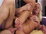 A su abuela le encanta el sexo anal - Abuelas