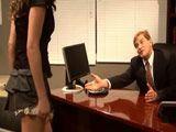 La secretaria en mi despacho con una minifalda - Secretarias