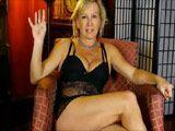 Madura cuarentona se toca en la webcam porno - Webcams