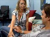 Milf tetona se folla al noviete de su hija - Cerdas