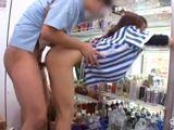 Pillados follando en el supermercado - Asiaticas